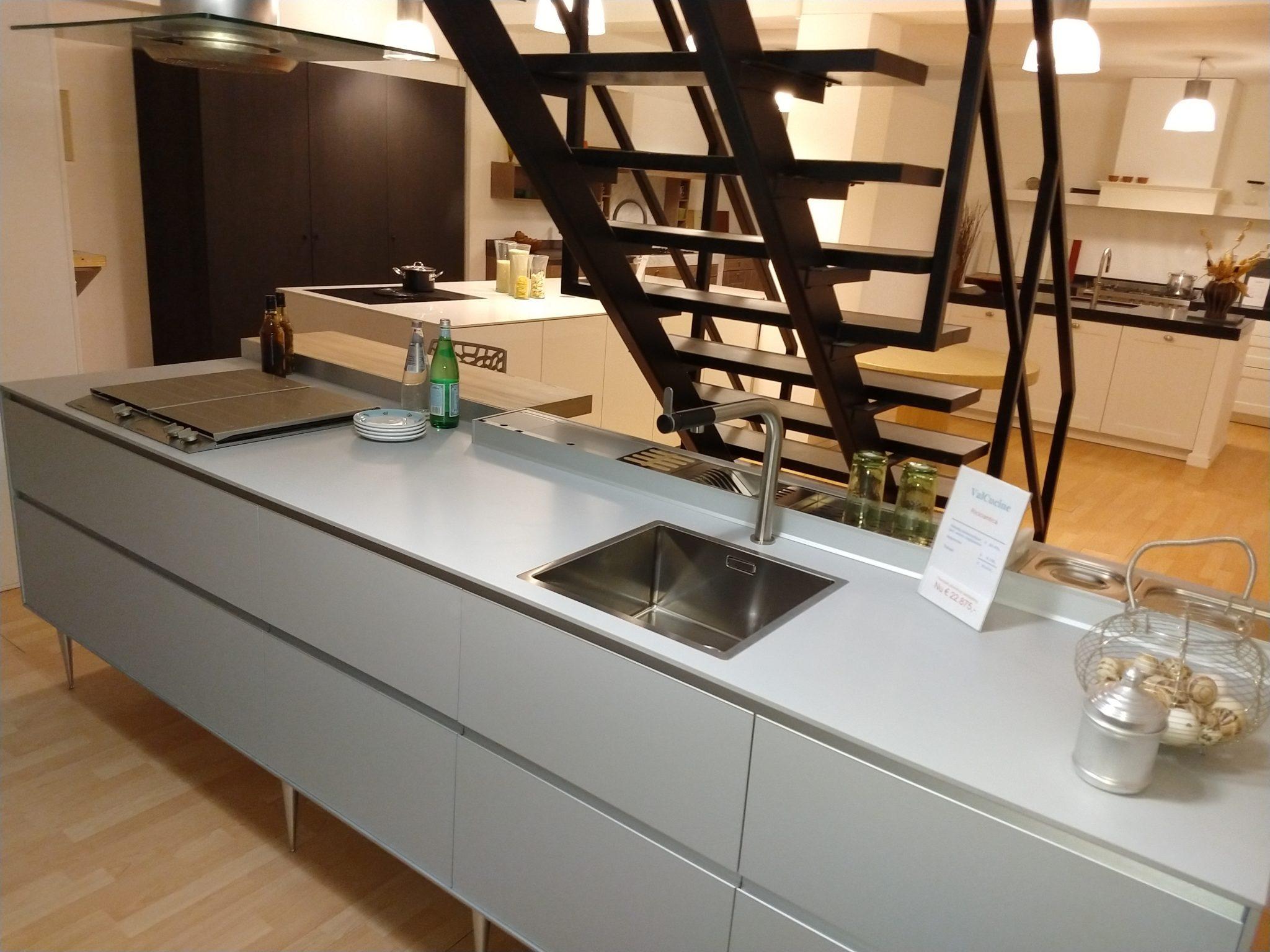 Eggersmann Keukens Prijzen : Showroom sale rikken keukens