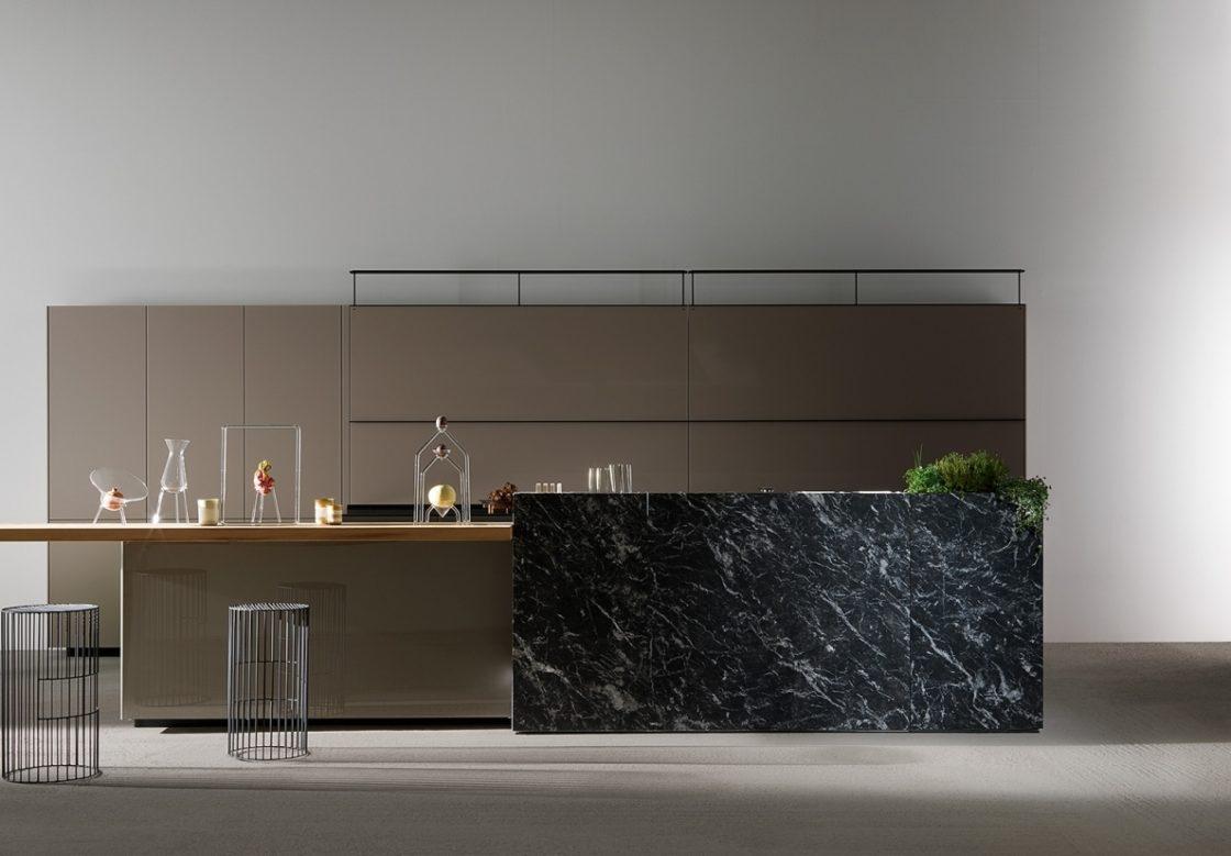 Bijzondere Keuken, Valcucine Vitrum met steen
